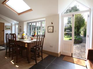 Devon country cottage with fishing, Chulmleigh
