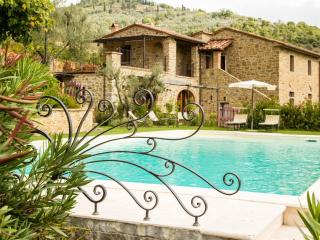 4 bedroom Villa in Moriello, Tuscany, Italy : ref 5505801