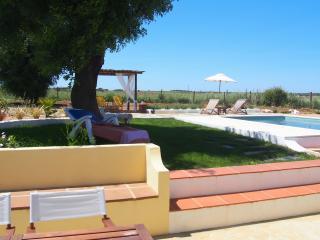 Casa de Charme- piscina privada, bbq, wi-fi