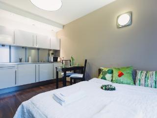 Angel City 06 Apartment, Krakau