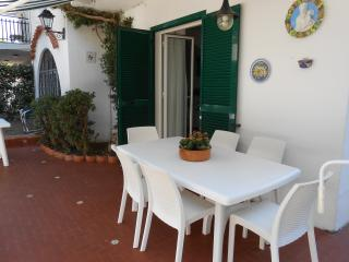 Very family friendly and comfortable house,ischia, Ischia