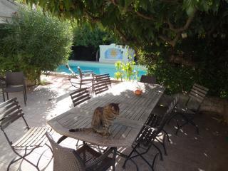Maison avec piscine 8 personnes 25 mn Avignon, Carpentras