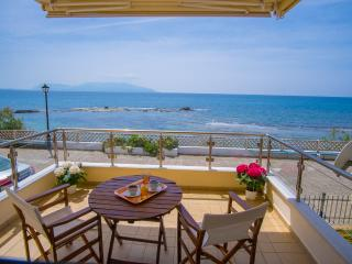 Luxury Holiday House, Preveza