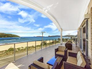 JEWEL - WATERFRONT LUXURY, Ettalong Beach