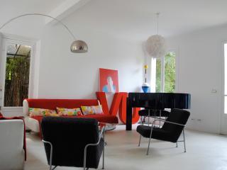 Belle Maison 8/10 pers,  jardin, calme, 5 mn Paris