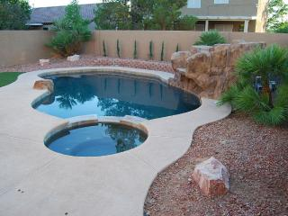 4 Bedroom Home With Pool And Spa, Las Vegas
