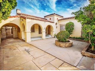 Luxurious Beverly Hills Home! 3/2 in BEST location