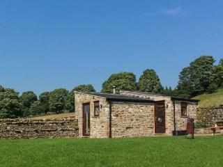 SHEPHERDS COTTAGE detached, all ground floor, woodburning stove, close to village centre in Middleton-in-Teesdale Ref 924535, Middleton in Teesdale