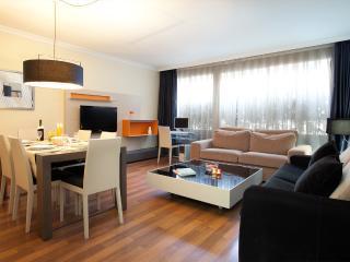 Apartamentos-Paal Ronda Superior de 4 Dormitorios, Barcelona