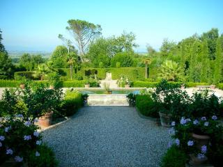 Villa Toscana, Colle di Compito