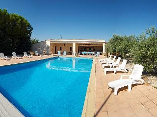 3 bedroom Villa in Vaugines, Provence-Alpes-Cote d'Azur, France : ref 5051406