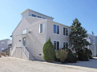 276 64th Street, Avalon