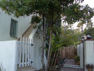 Hollywood Hills: Location, location, location.