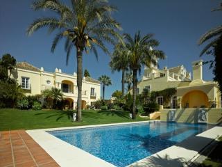 8 bedroom Villa in Fuente Nueva, Andalusia, Spain : ref 5080404