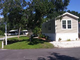 2BR NEW Park Model Home in RV Resort, Venice, FL