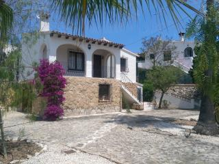 Casa Rosa - 2 bedroom villa with private pool.
