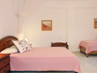 The Pink Studio, Skopelos Town