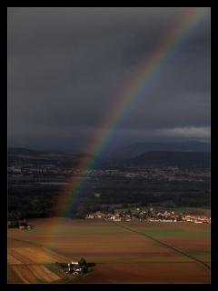 Au pied de l'arc en ciel,un trésor est caché...