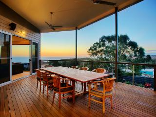 Stylish and peaceful holiday destination & views, Maslin Beach