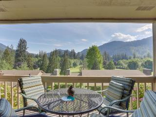 Charming mountain condo w/ golf course views & nearby ski access!