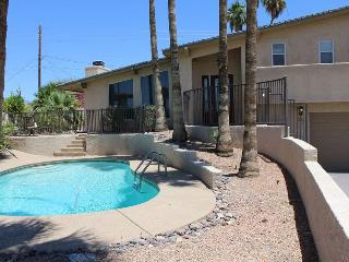 Pool House 5 Minutes From Downtown, Lake Havasu City