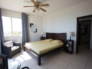 Appartement Diva - vue mer proche Papeete - 6 pers