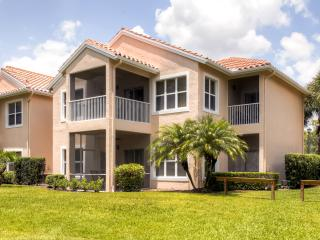 The Perfect 2BR Port St. Lucie Golf Condo! Enjoy Fantastic Community Amenities