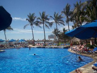 Torres Mazatlan, A Vacation International Resort