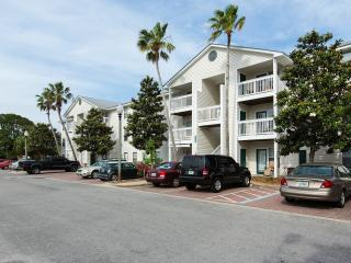 Condo Perfect for Small Families, Destin