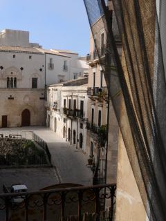 Magnifica vista su palazzo Montalto