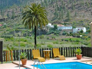 Country Home with Private Heated Pool, sleeps 4, San Bartolome de Tirajana
