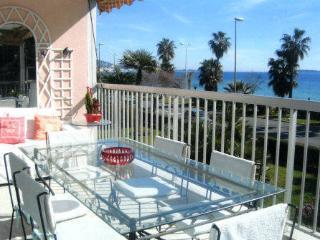 Appartement Cannes La Bocca 4 à 6 personnes