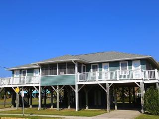 2405 Palmetto Blvd - 'Sutton House', Edisto Island