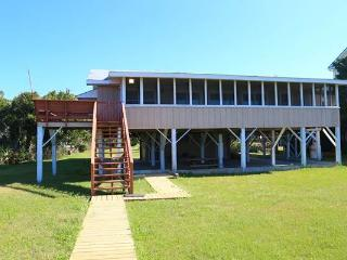 "3116 Palmetto Blvd - ""Sea Cabin"", Isola Edisto"