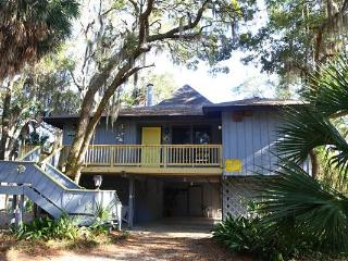 "718 Jungle Rd - ""Gray Escape"", Isla de Edisto"