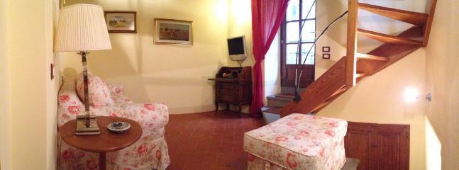 Disimpegno tra 2 piano e mansarda con divano letto  alla francese.