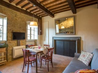 Casa Zeni Berrettini 2+2 pax in Cortona center