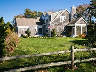 Beautiful in-town Edgartown 4 Bedroom Home
