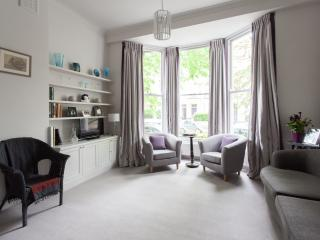 onefinestay - St Luke's Road II apartment, Londres