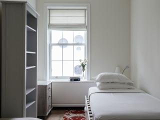 onefinestay - West 17th Townhouse II private home, New York City