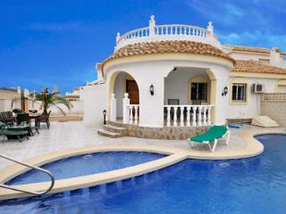 Villa Zaar with private pool, slide and dive board, Mazarron