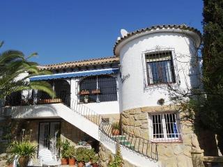 VILLA CARLENA iN VENTA LANUZA (EL CAMPELLO) PRIVATE POOL 200M to BEACH 2-10 pers