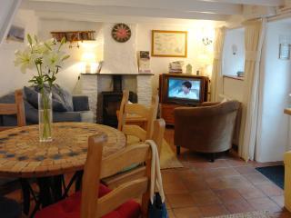 Ginentonic Cottage, St Keverne