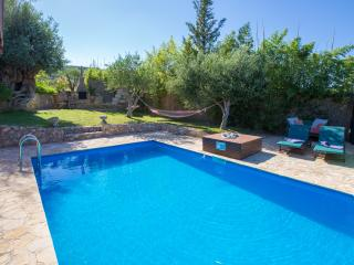 Beautiful stone villa private heated pool wi-fi, Platanias