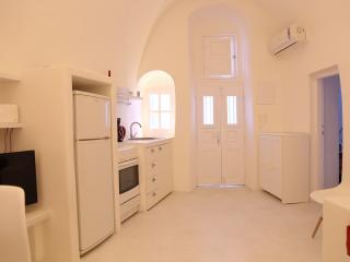 chelys 1 architect's semi-cave villa, Mesaria