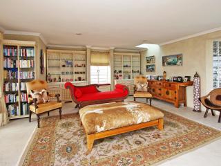 Large Bakoven Villa  - Cape Town Vacationer