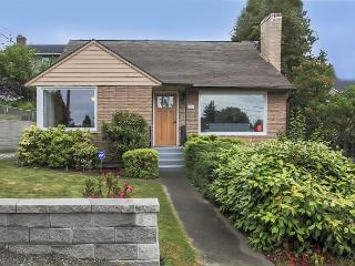 Cheerful & Inviting in North Seattle - Close To Downtown
