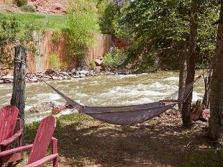 Quaint Cabin on the Roaring Fork at Snowmass Cottages