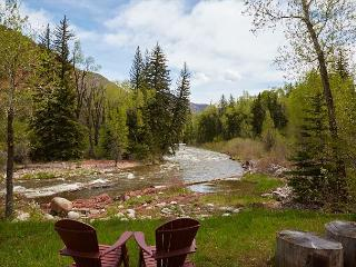 Private 1BR Snowmass Cottage on the Roaring Fork River