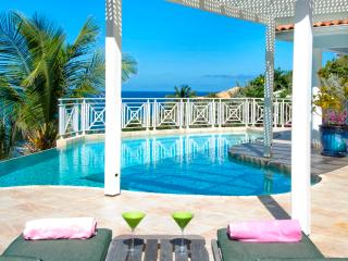 Prana - Ideal for Couples and Families, Beautiful Pool and Beach, Philipsburg